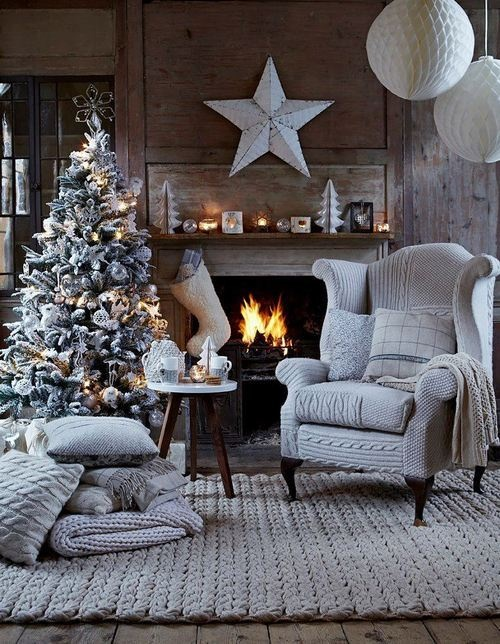 dreamy-christmas-living-room-decor-ideas-13