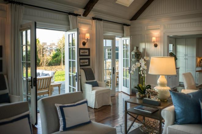 dh2015_great-room_open-french-doors-to-patio_h.jpg.rend.hgtvcom.1280.853