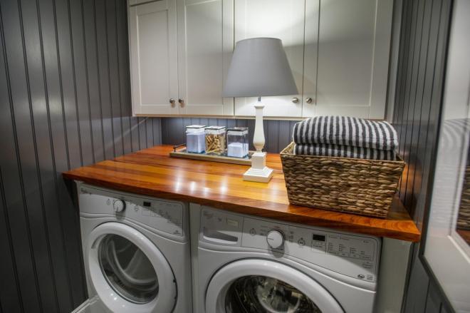 dh2015_laundry-room_01_hero-shot_h.jpg.rend.hgtvcom.1280.853
