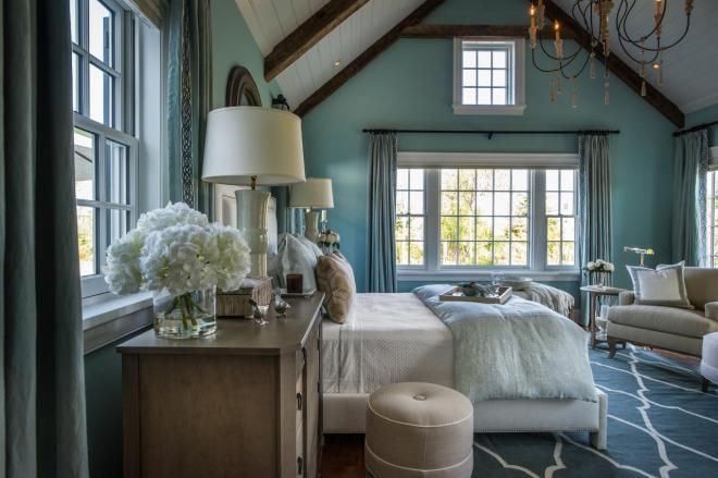 dh2015_master-bedroom_white-upholstered-bed-blue-area-rug_h.jpg.rend.hgtvcom.1280.853