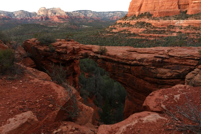 Devil's_bridge_Sedona_Arizona